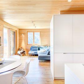 4 - Zimmerappartement mit Weisstanne ausgestattet